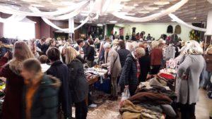 Flohmarkt von Frauen für Frauen